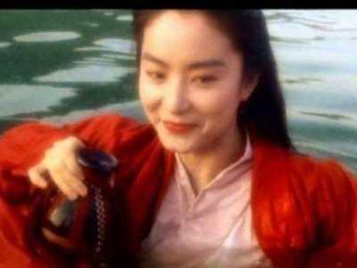 王祖贤的脚丫能吃吗 一双脚就能美的让人窒息
